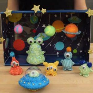 Mini-monde : dans l'espace